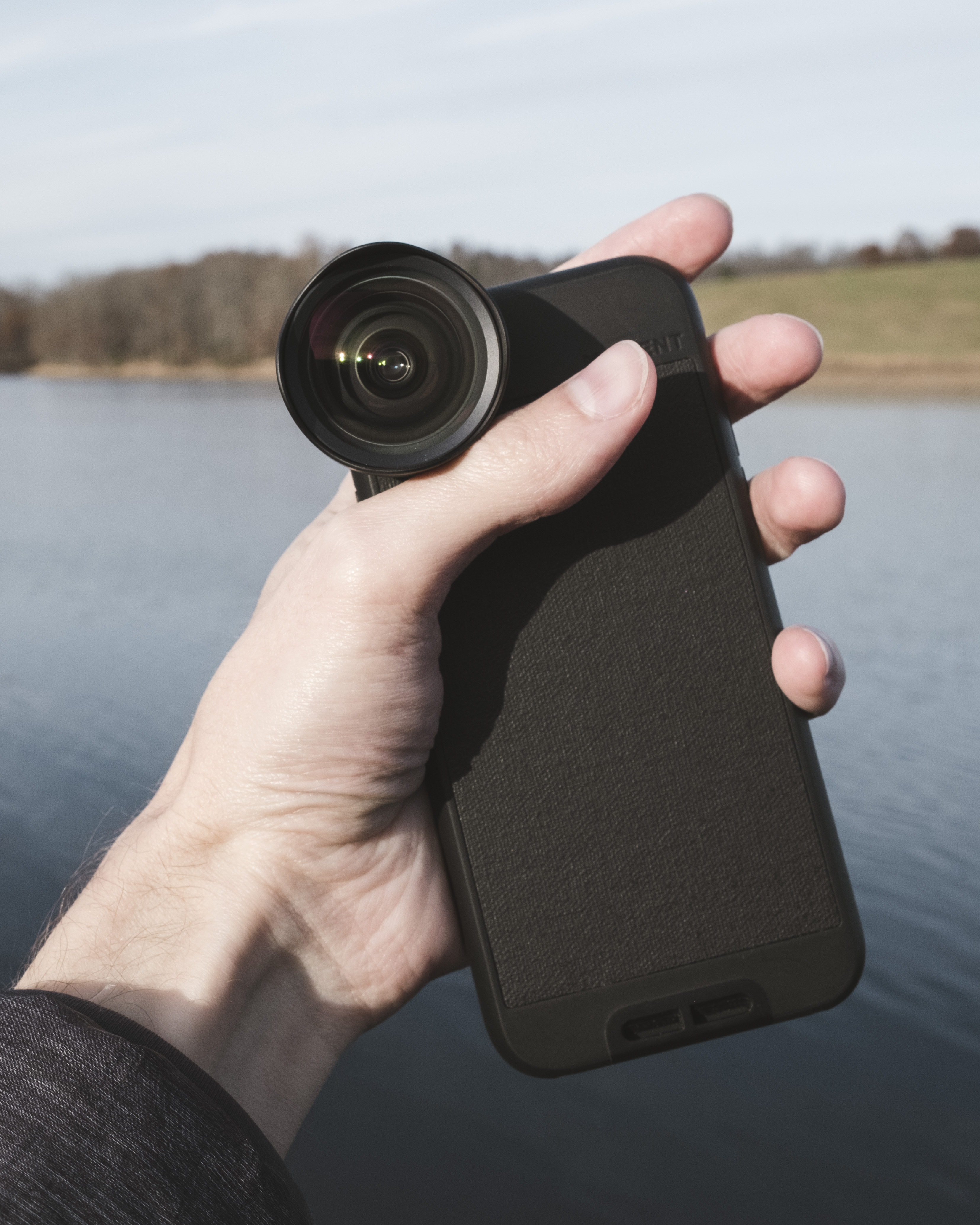 low priced 174c2 17a49 iPhone 8 Moment Lens Review: I went w/ the